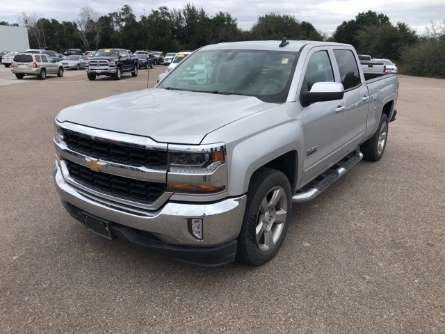 Pre Owned 2017 Chevrolet Silverado 1500 Lt 4d Crew Cab In Clyde