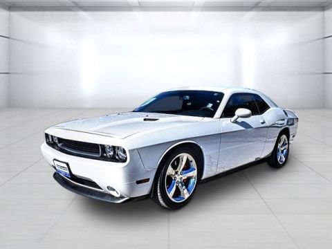 Pre-Owned 2013 Dodge Challenger R/T RWD 2D Coupe